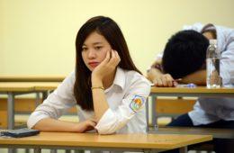 """Cao đẳng – """"bàn cứu thua"""" cho sinh viên học lực trung bình"""