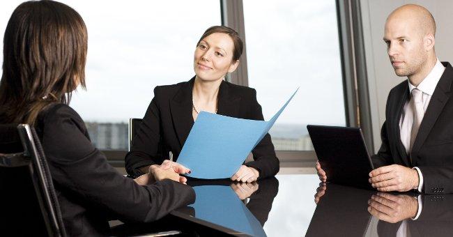 Thông thạo ngoại ngữ giúp bạn có khả năng làm việc ở nước ngoài