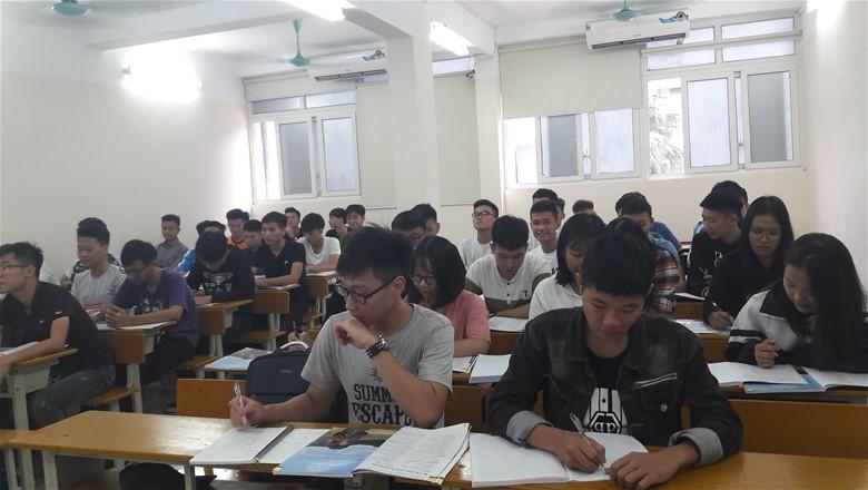 Sinh viên trong giờ lên lớp