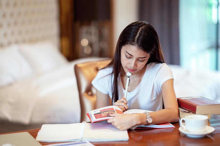 Làm thế nào để học tiếng Hàn cơ bản tại nhà hiệu quả?