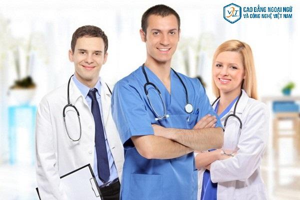 bác sĩ điều dưỡng