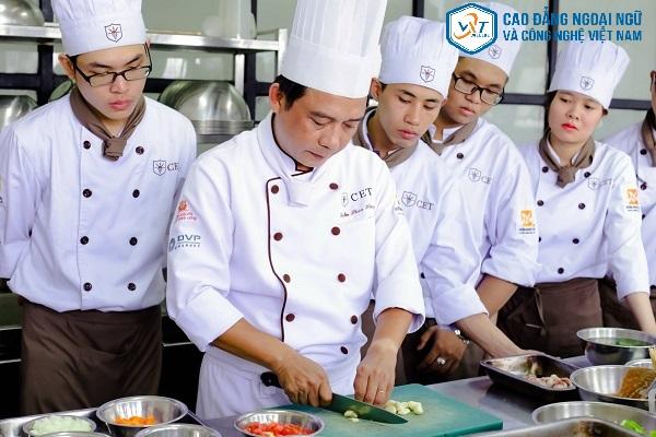 nghề nấu ăn có tương lai không