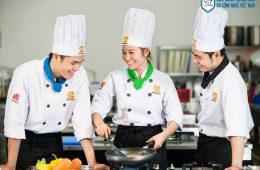 Nghề nấu ăn có tương lai không? học ở đâu chất lượng?