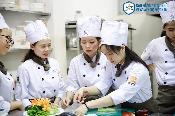 cao đẳng nấu ăn