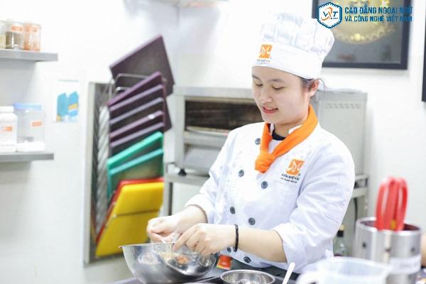ngành nấu ăn thi khối nào