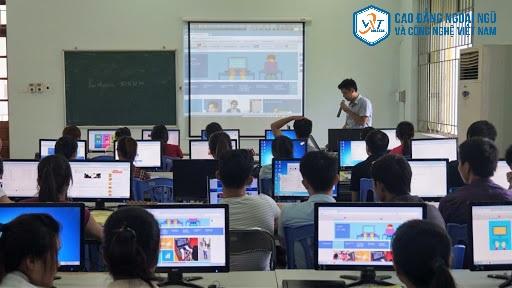 ngành công nghệ thông tin học những gì