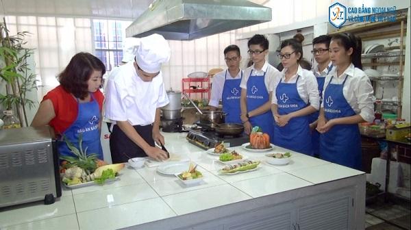 trung tâm học nấu ăn