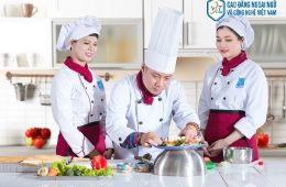 Bằng trung cấp nấu ăn ra trường lương 5 đến 20 triệu đông/ tháng