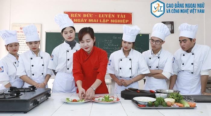 trường dạy nghề nấu ăn